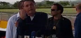Banana de Bolsonaro prova que Brasil continua sendo o país do Vale Tudo