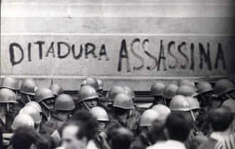 Osvaldo Bertolino: A história dos genocídios e o golpe militar de 1964