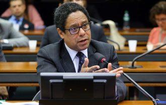 Orlando Silva: Apoio à democracia é crescente e reunirá milhões